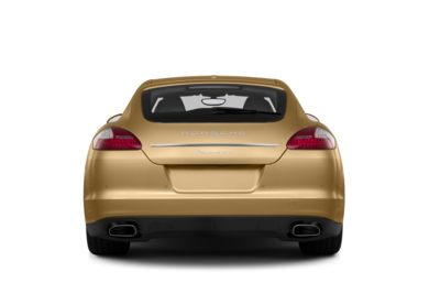 Rear Profile  2013 Porsche Panamera