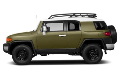 90 Degree Profile 2013 Toyota FJ Cruiser
