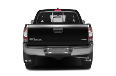 Rear Profile  2015 Toyota Tacoma