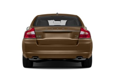 Rear Profile  2013 Volvo S80
