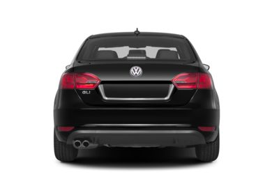 Rear Profile  2013 Volkswagen Jetta
