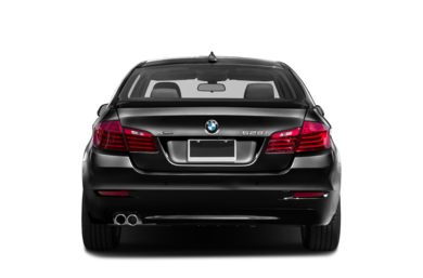 Rear Profile  2016 BMW 528
