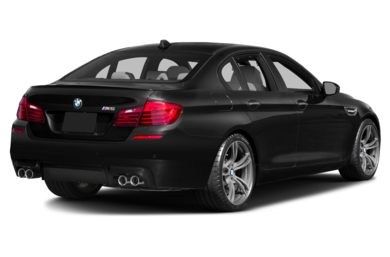 3/4 Rear Glamour  2016 BMW M5