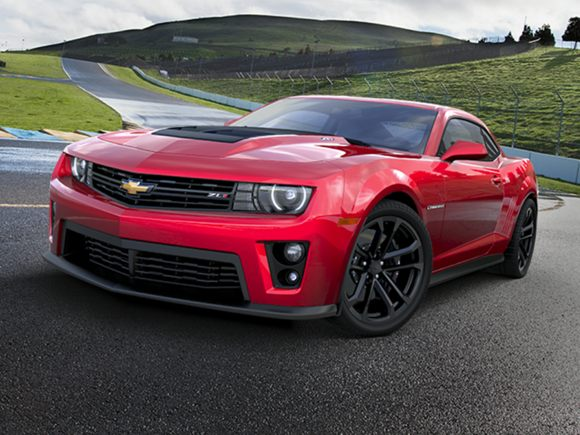 are dodge 39 s hellcats a good performance value carsdirect. Black Bedroom Furniture Sets. Home Design Ideas