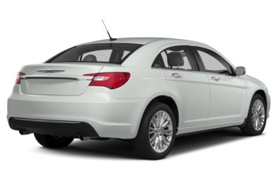 3/4 Rear Glamour  2014 Chrysler 200
