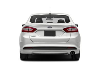 Rear Profile  2015 Ford Fusion Energi