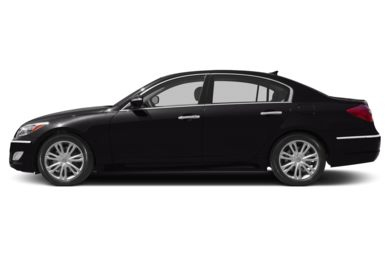 90 Degree Profile 2014 Hyundai Genesis Sedan