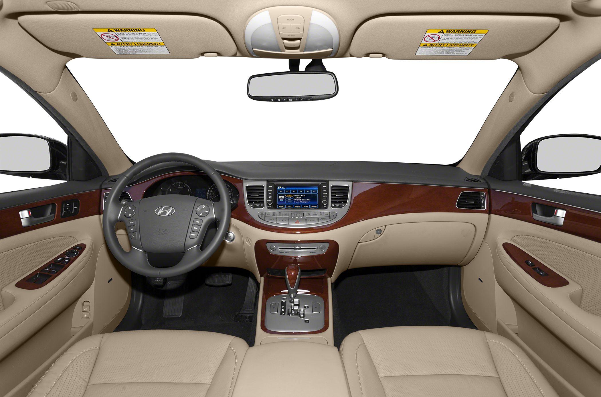2014 Hyundai Genesis Sedan Glamour2