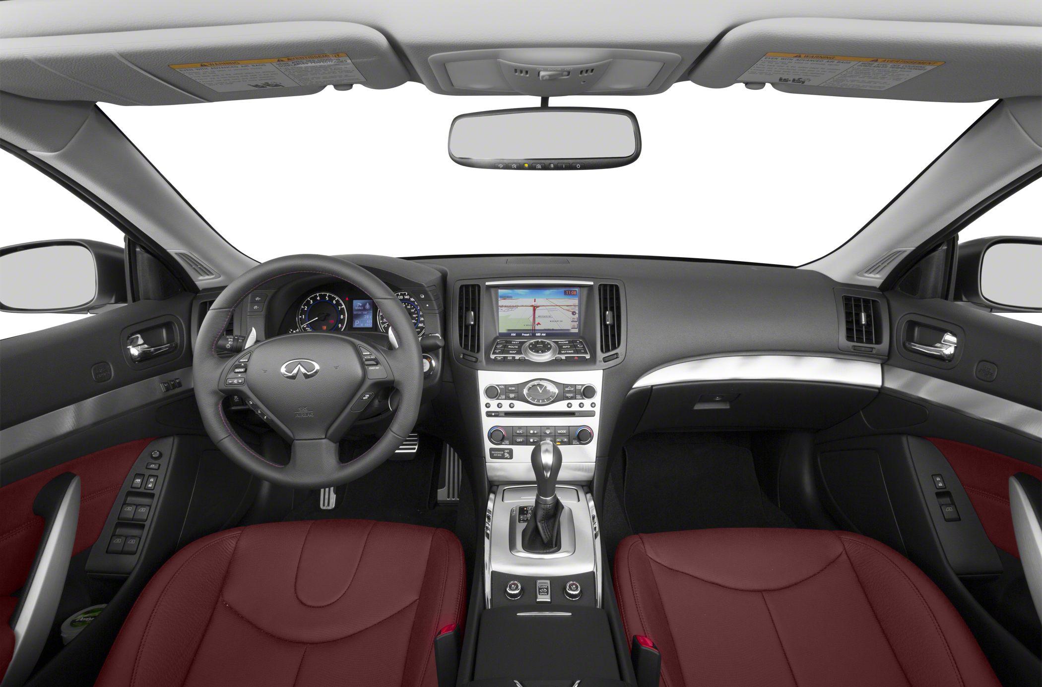 2014 Infiniti Q60 IPL Interior