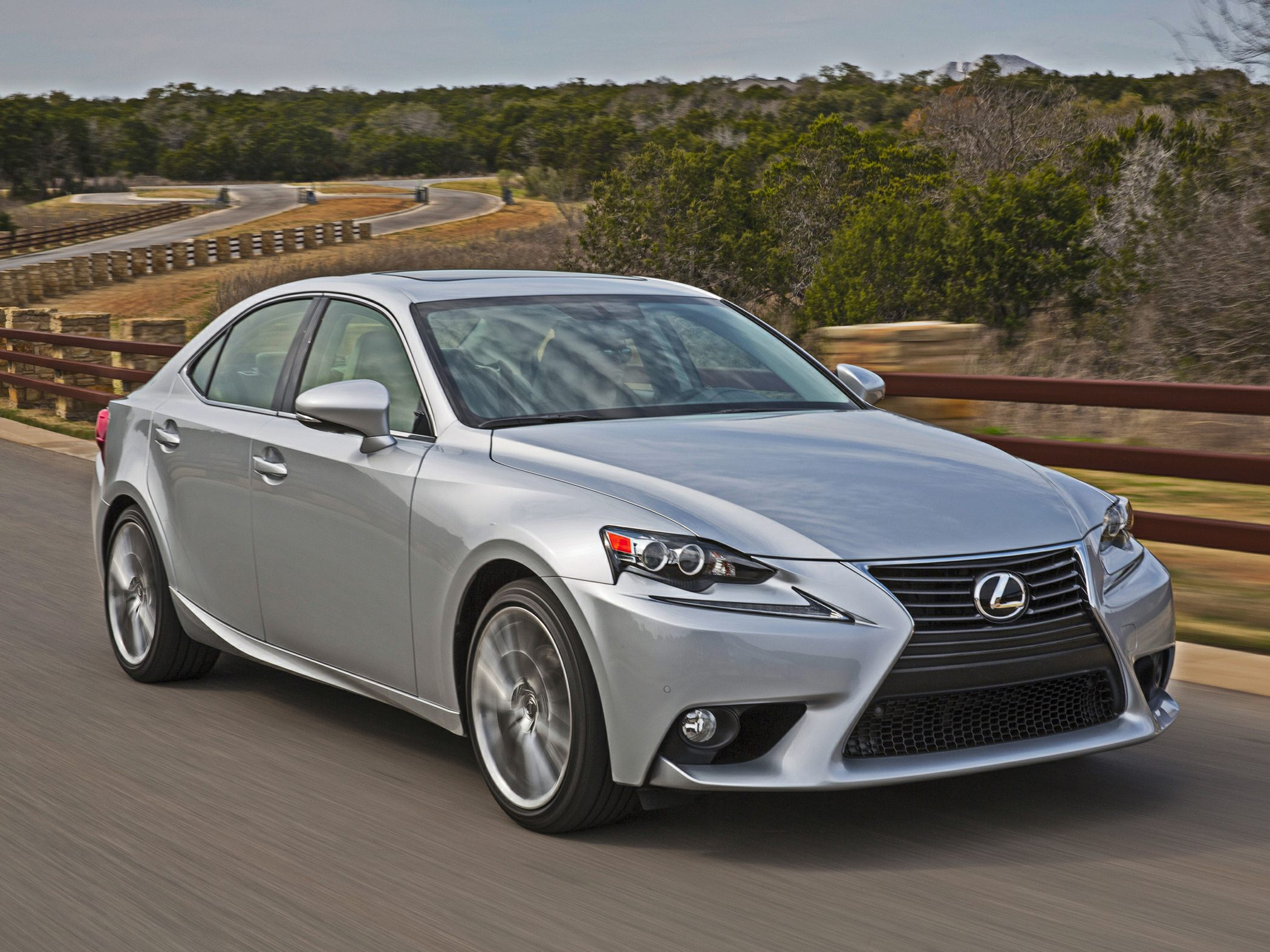 2014 Lexus IS 250 Glamour Exterior