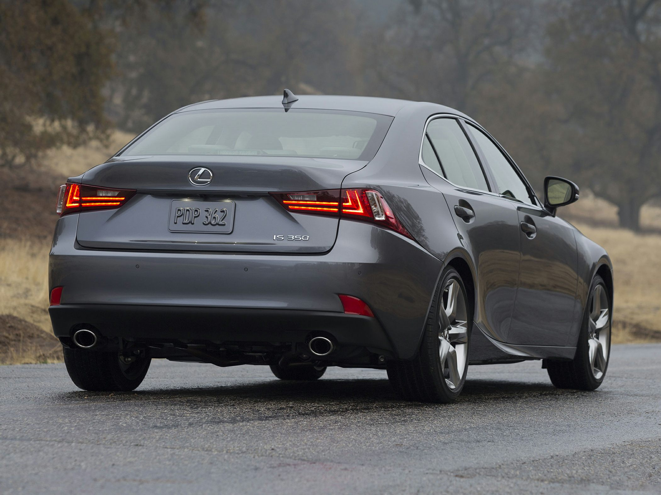 2014 Lexus IS 350 Glam2