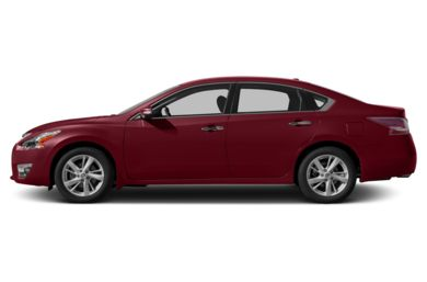 90 Degree Profile 2014 Nissan Altima