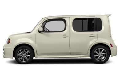 90 Degree Profile 2014 Nissan Cube