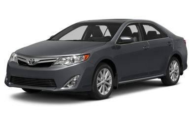 3/4 Front Glamour 2014 Toyota Camry