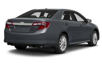 3/4 Rear Glamour  2014 Toyota Camry