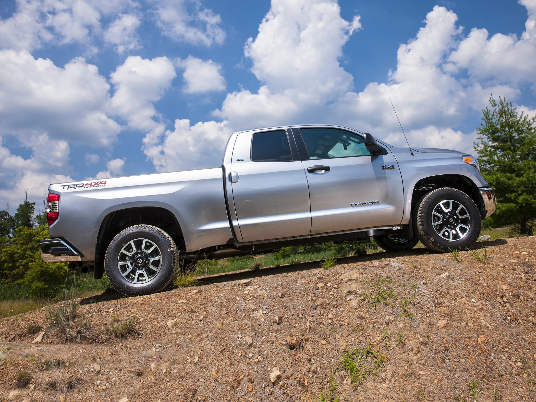 2014 Toyota Tundra Glam2