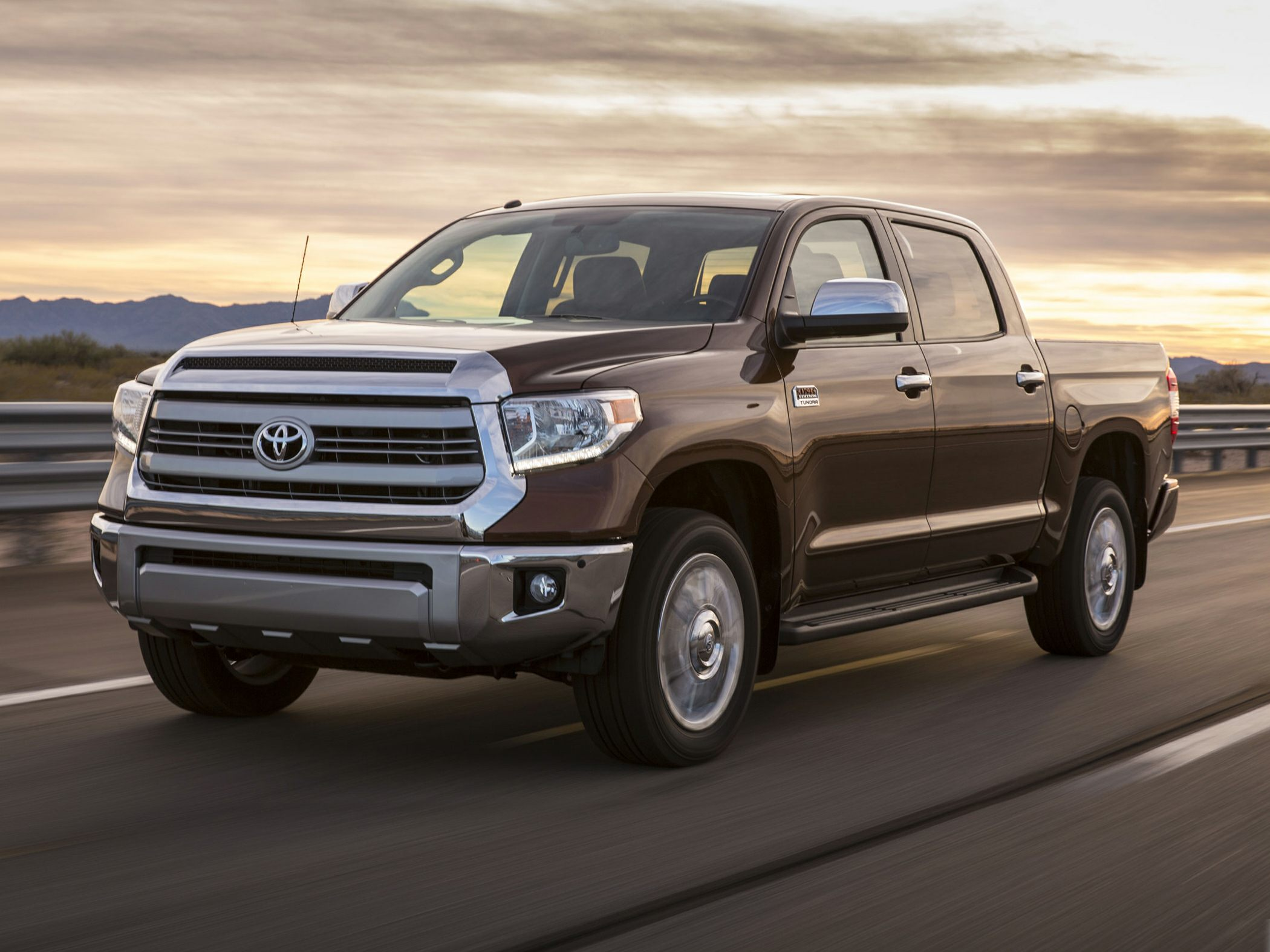 2017 toyota tundra deals prices incentives leases overview carsdirect. Black Bedroom Furniture Sets. Home Design Ideas