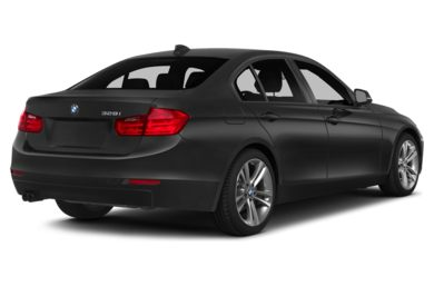 3/4 Rear Glamour  2015 BMW 320