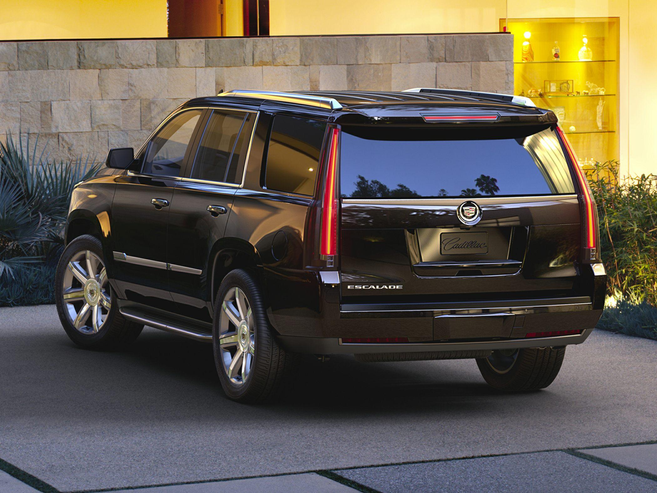 2015 Cadillac Escalade Glam2