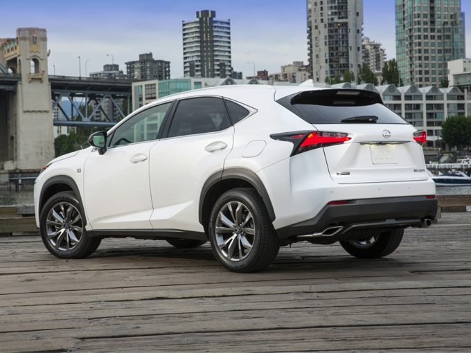 2015 Lexus NX 200t Styles & Features Highlights