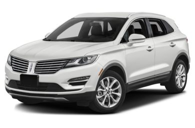 3/4 Front Glamour 2015 Lincoln MKC