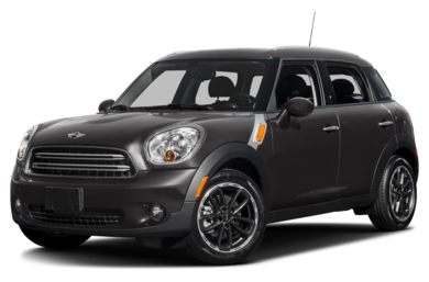 3/4 Front Glamour 2015 MINI Countryman