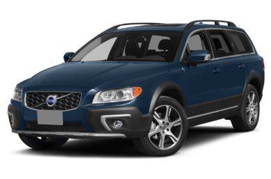 3/4 Front Glamour 2015 Volvo XC70