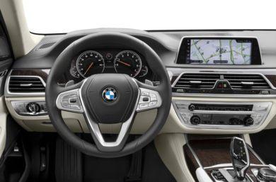 Steering Wheel 2017 BMW 750