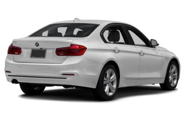 3/4 Rear Glamour  2018 BMW 330