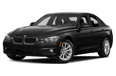 3/4 Front Glamour 2018 BMW 320
