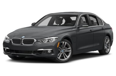 3/4 Front Glamour 2018 BMW 330e