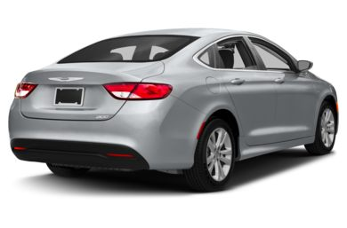 3/4 Rear Glamour  2015 Chrysler 200