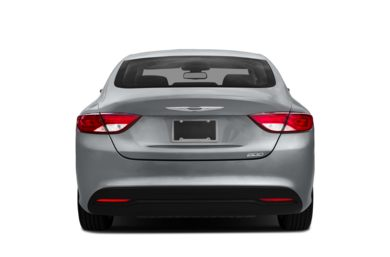 Rear Profile  2017 Chrysler 200