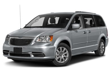 3/4 Front Glamour 2014 Chrysler Town & Country