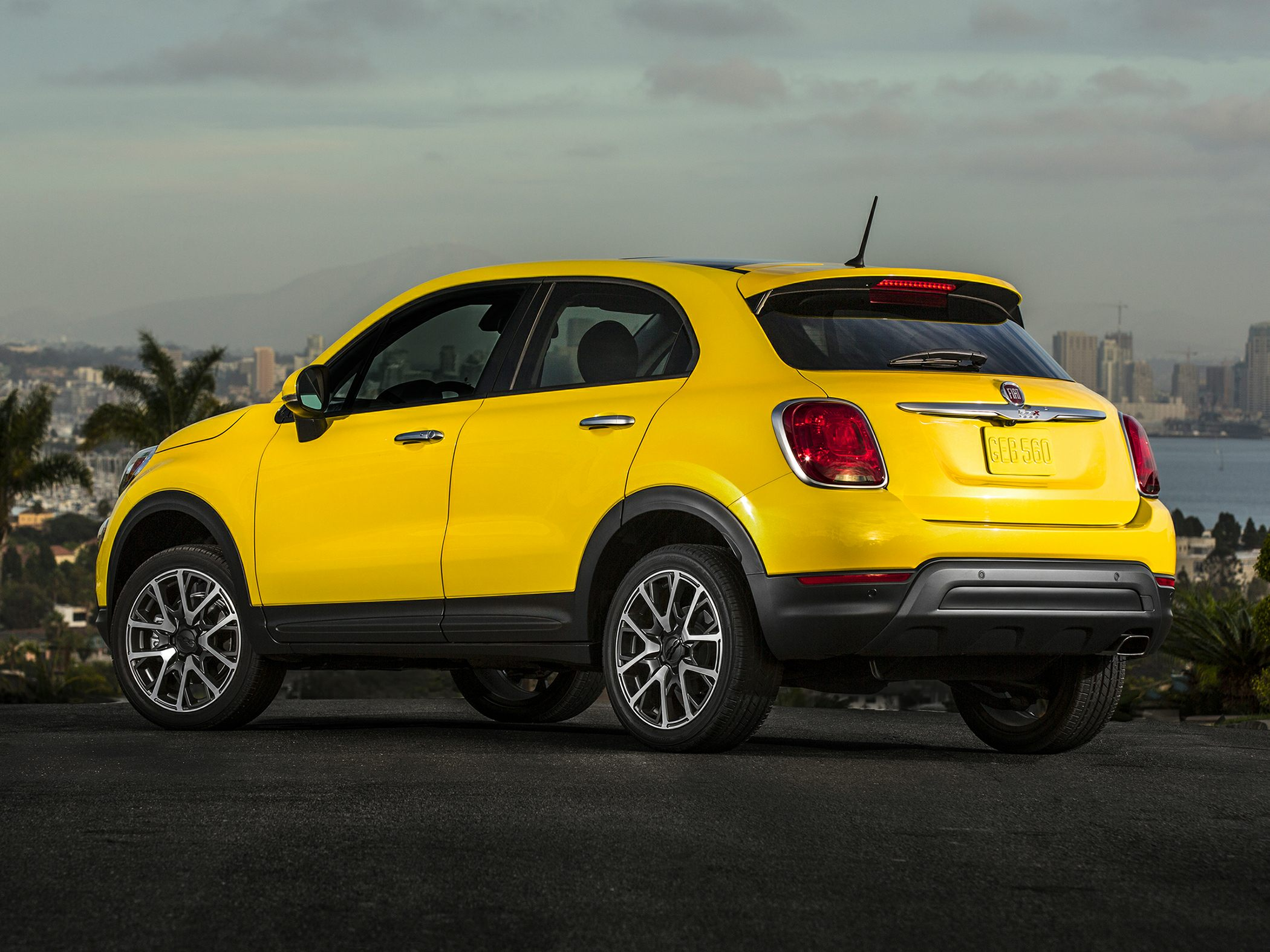 2017 fiat 500x deals prices incentives leases overview carsdirect. Black Bedroom Furniture Sets. Home Design Ideas