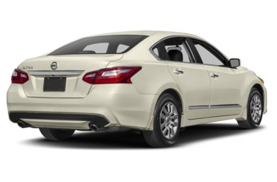 3/4 Rear Glamour  2017 Nissan Altima