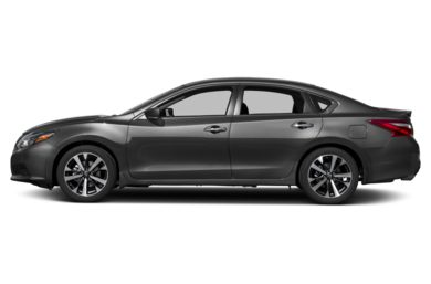 90 Degree Profile 2016 Nissan Altima