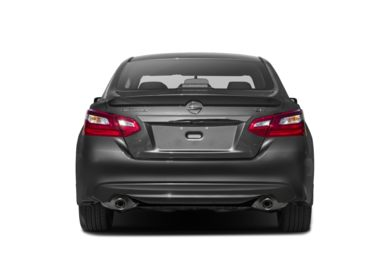 Rear Profile  2016 Nissan Altima