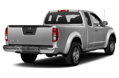3/4 Rear Glamour  2016 Nissan Frontier
