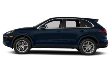 90 Degree Profile 2017 Porsche Cayenne