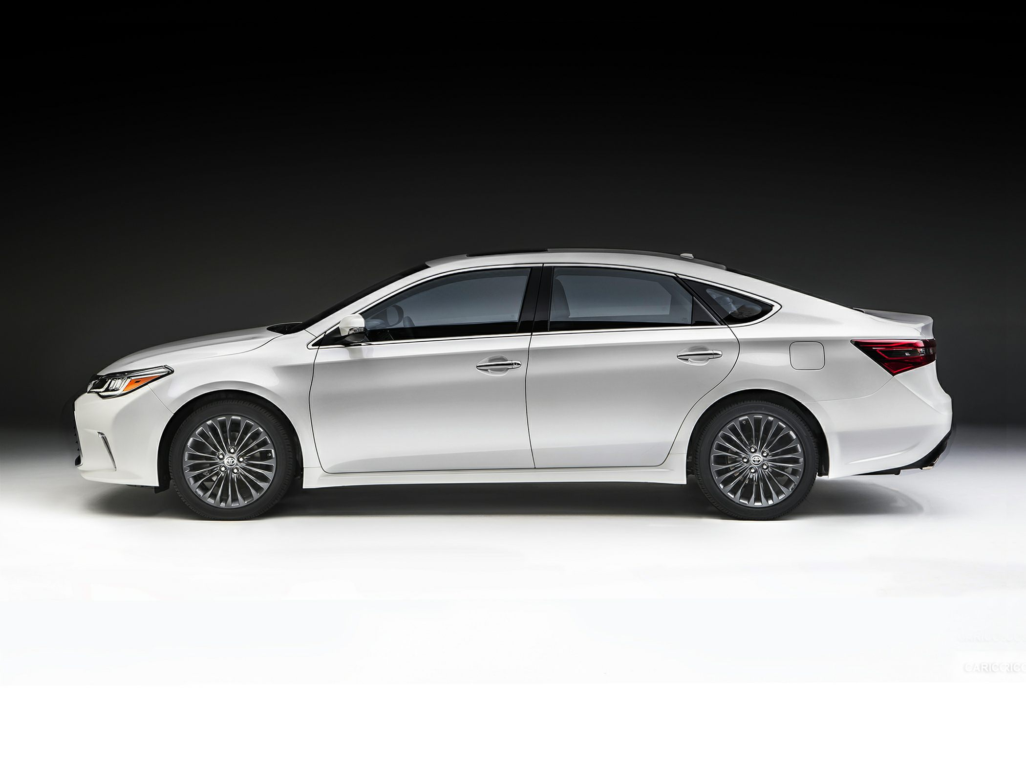 2017 Toyota Avalon Styles & Features Highlights