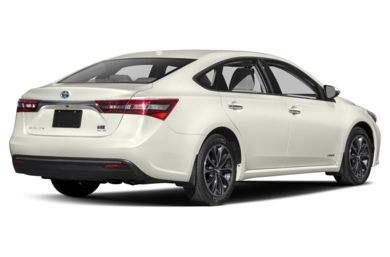 3/4 Rear Glamour  2017 Toyota Avalon Hybrid