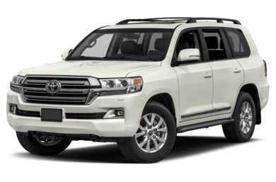 3/4 Front Glamour 2017 Toyota Land Cruiser