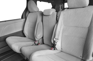 Dark Bisque Interior Po For The 2017 Toyota Sienna Xle Awd