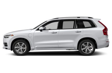 90 Degree Profile 2017 Volvo XC90 Hybrid