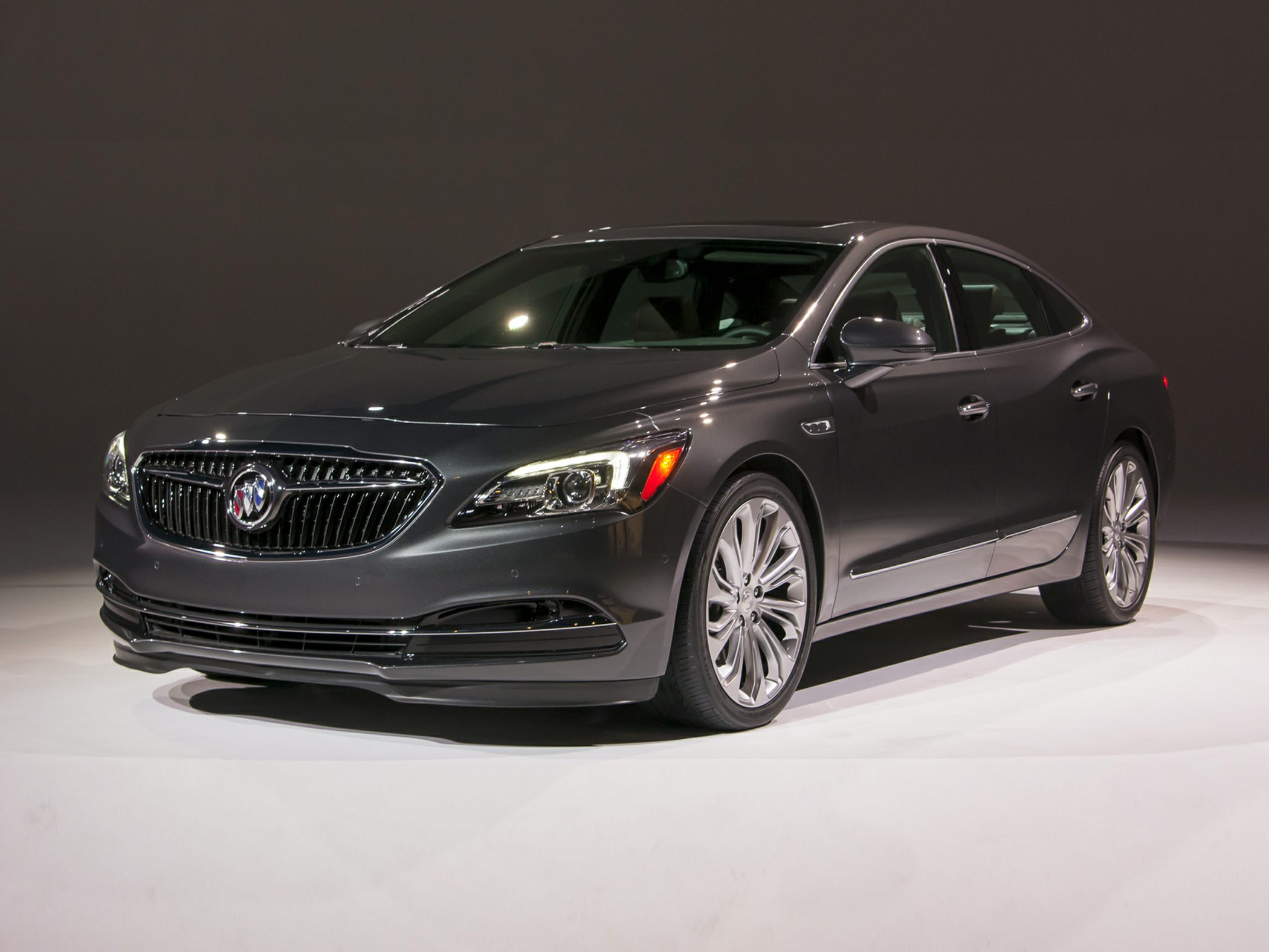 2017 buick lacrosse deals prices incentives leases overview carsdirect. Black Bedroom Furniture Sets. Home Design Ideas