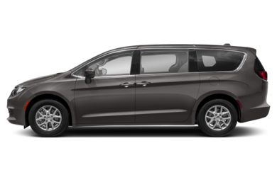 90 Degree Profile 2018 Chrysler Pacifica