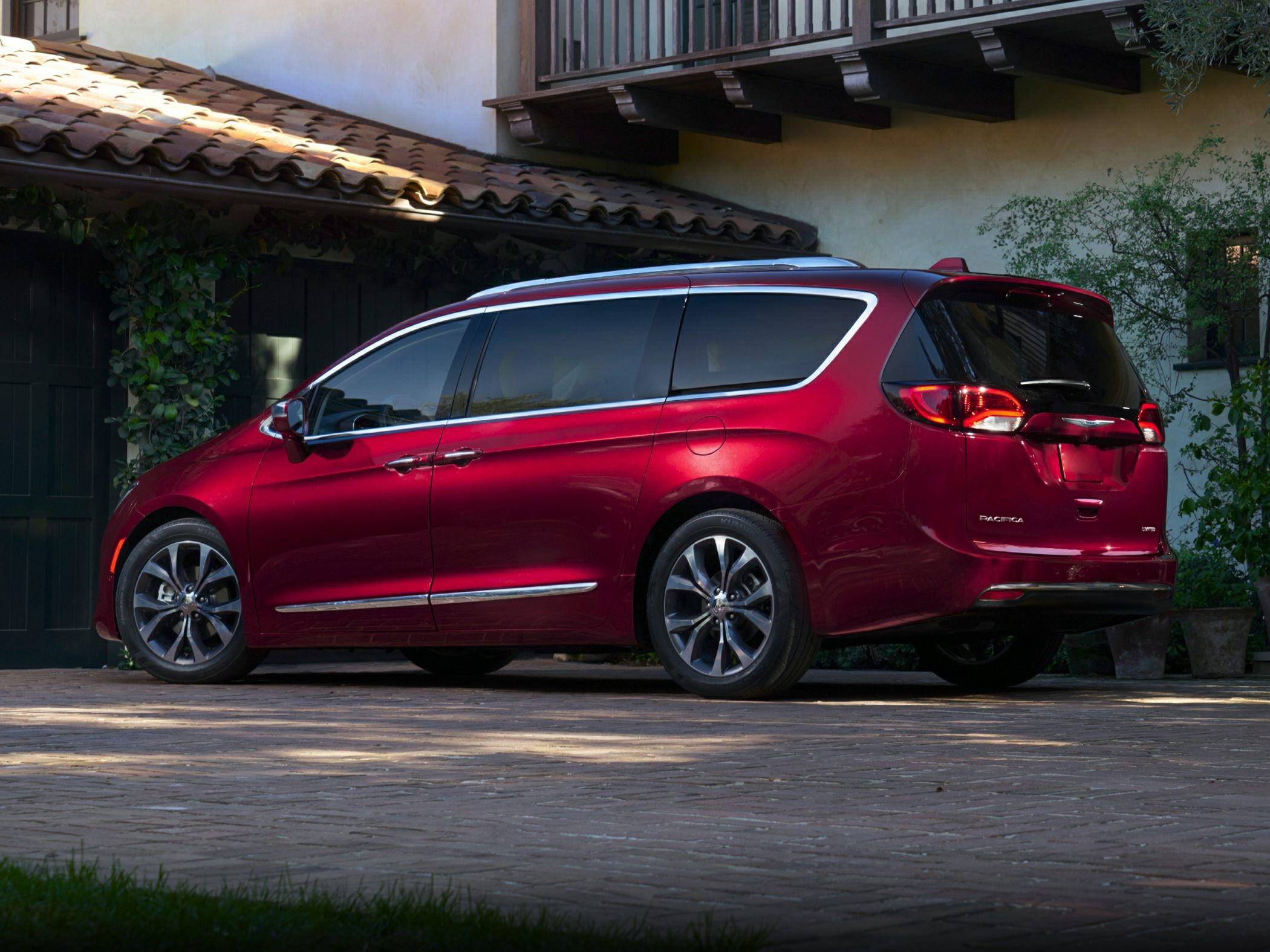 See 2018 Chrysler Pacifica Color Options - CarsDirect
