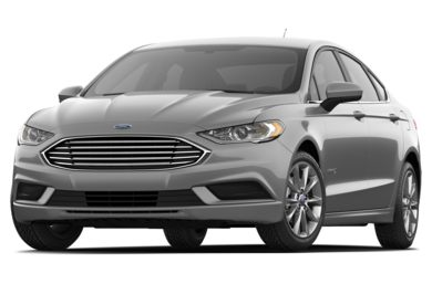 3/4 Front Glamour 2017 Ford Fusion Hybrid
