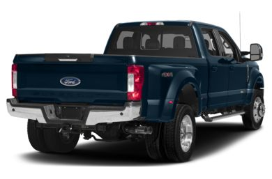 3/4 Rear Glamour  2017 Ford F-450